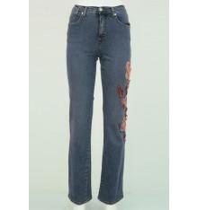 Jeans cinque tasche con fiore ricamato