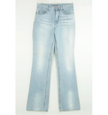 http://www.emporioeffe.it/176-thickbox_default/jeans-chiaro-cinque-tasche-targa-beige.jpg