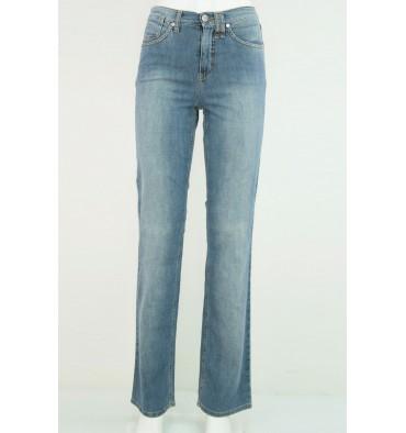 http://www.emporioeffe.it/180-thickbox_default/jeans-cinque-tasche-targa-beige.jpg
