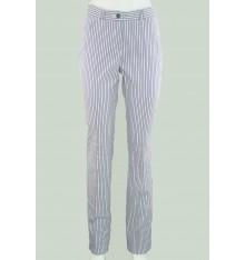 Pantaloni estivi classici a righe
