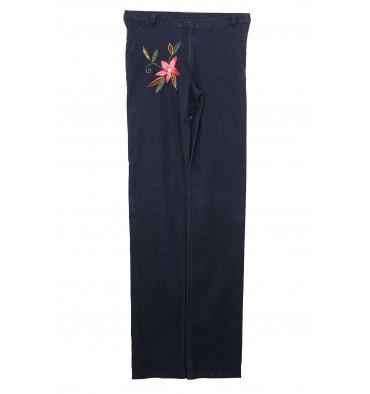http://www.emporioeffe.it/1980-thickbox_default/jeans-quattro-tasche-con-fiore-ricamato-davanti.jpg