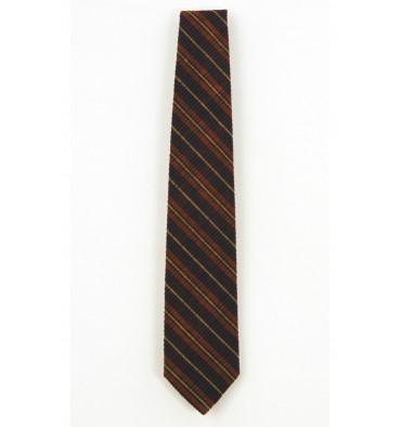 http://www.emporioeffe.it/2105-thickbox_default/cravatta-classica-righe-trasversali-tre-colori.jpg