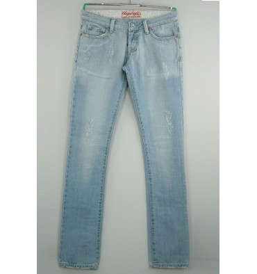 http://www.emporioeffe.it/774-thickbox_default/jeans-chiaro-strappato-cinque-tasche.jpg